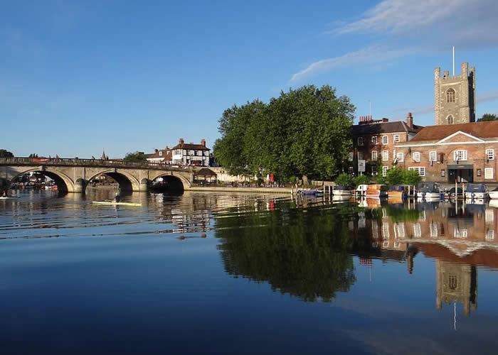 henley river